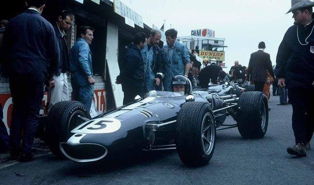 Dan Gurney at the 1967 Dutch Grand Prix for All American Racers